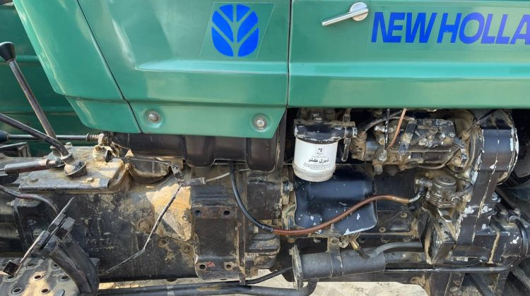 NH 480 Green Tractord model 2015 for sale