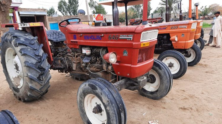 NH 640 MODEL 2015 FOR SALE