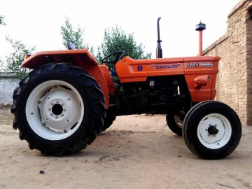 Fiat 480 newholland tractor